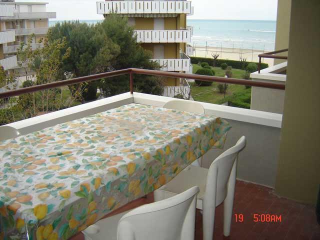 N 8 torrette case vacanze affitti a torrette affitti mare for Affitti appartamenti